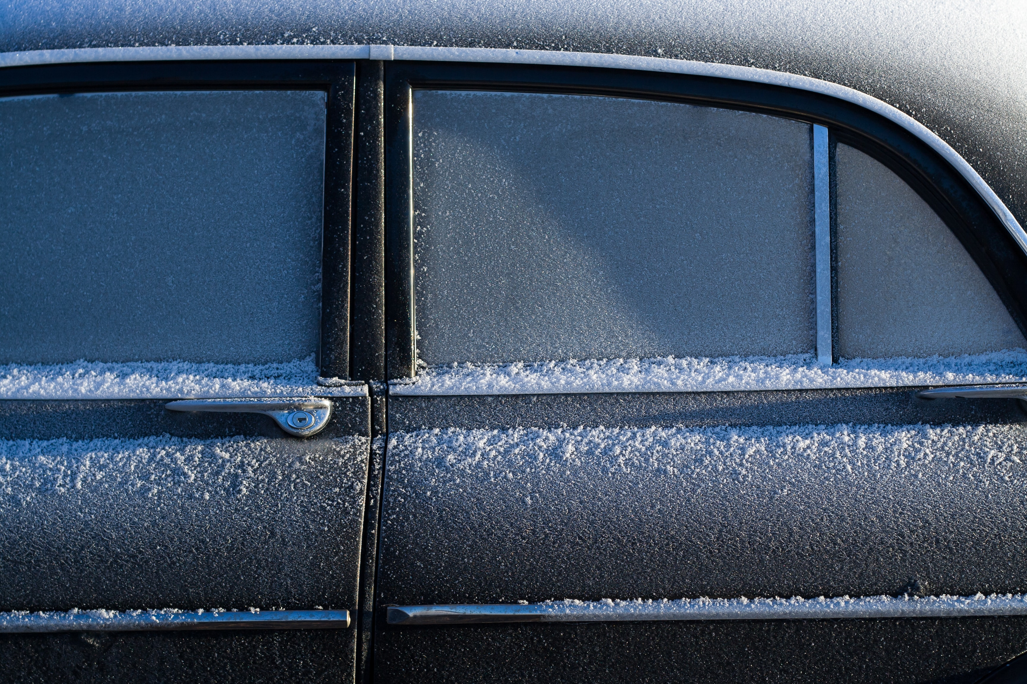How long does it take to warm up a car in winter?